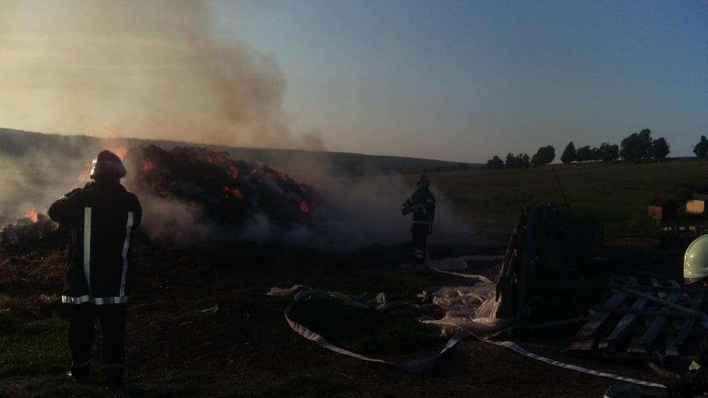 incendiu furaje Mitocu Dragomirnei (1)