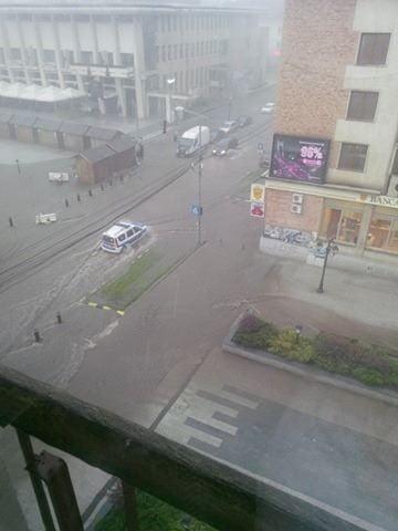 ploaie, inundatii centrul Sucevei (3)