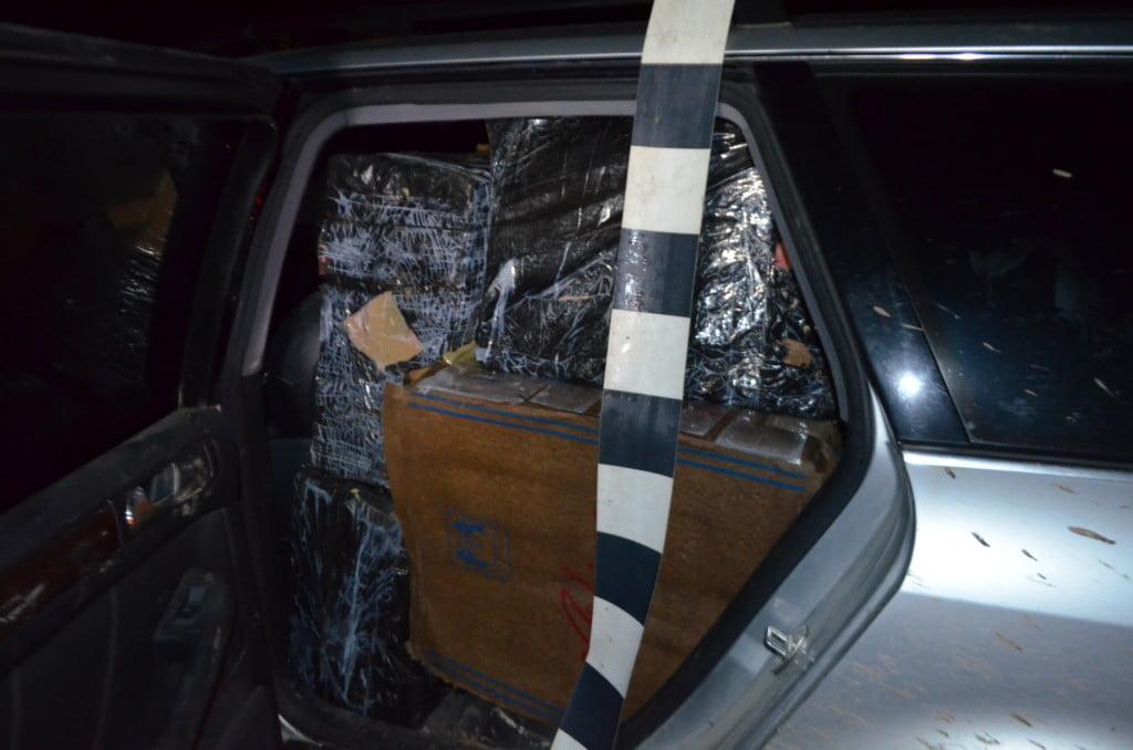 tigari autoturism abandonat (1)