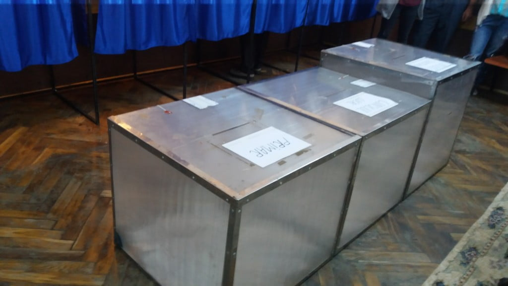 urne vot, cabinte vot, sectie votare
