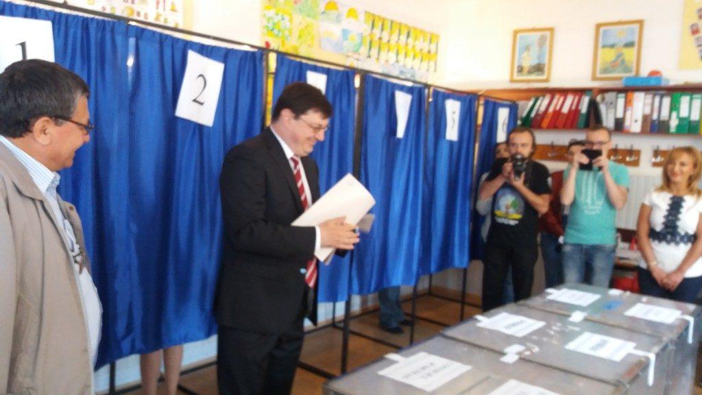 Tiberius Bradatan la vot