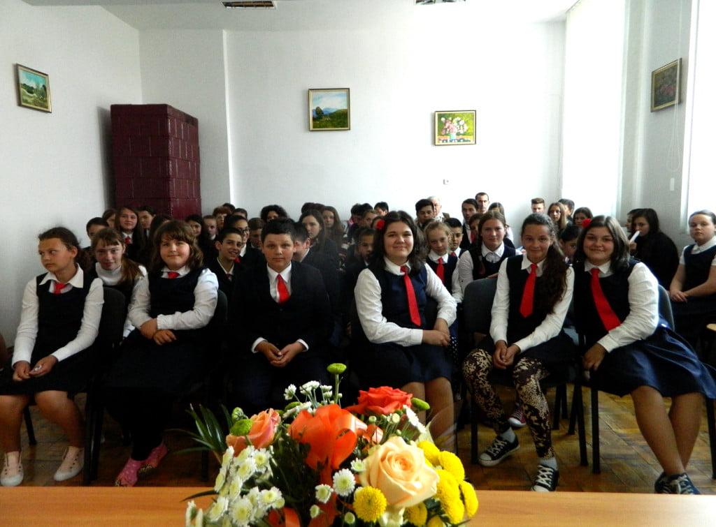 elevi scoli Todiresti