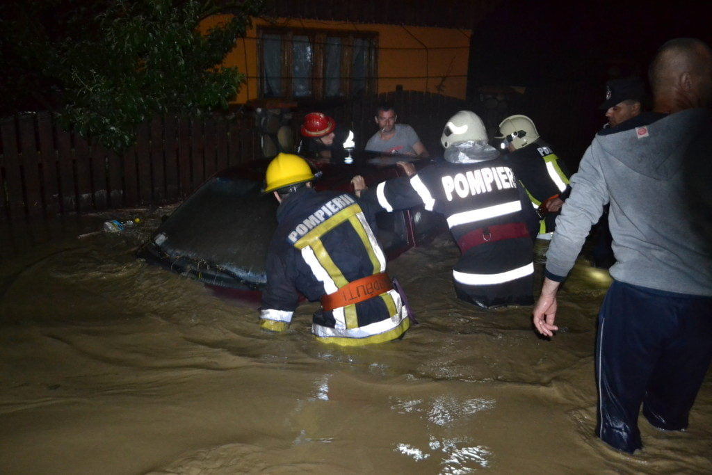 inundatii interventie isu pompieri (11)