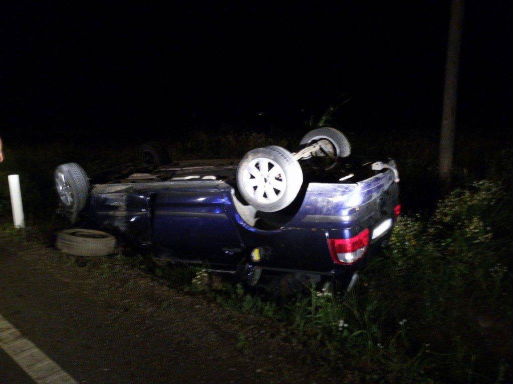 accident cupola autoturism noaptea (4)