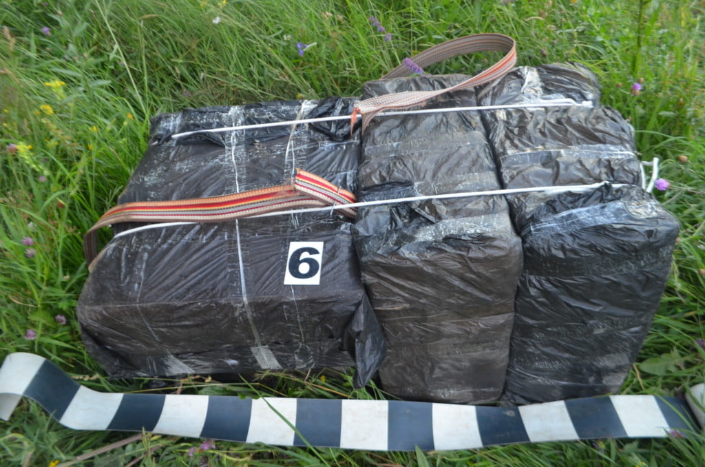 colete tigari contrabanda (2)