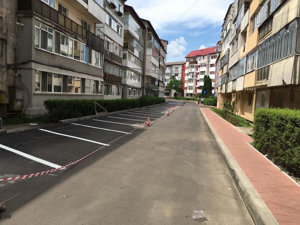 locuri parcare