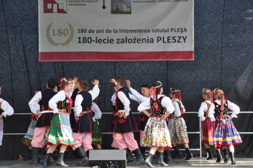 manifestari Plesa 180 de ani (15)