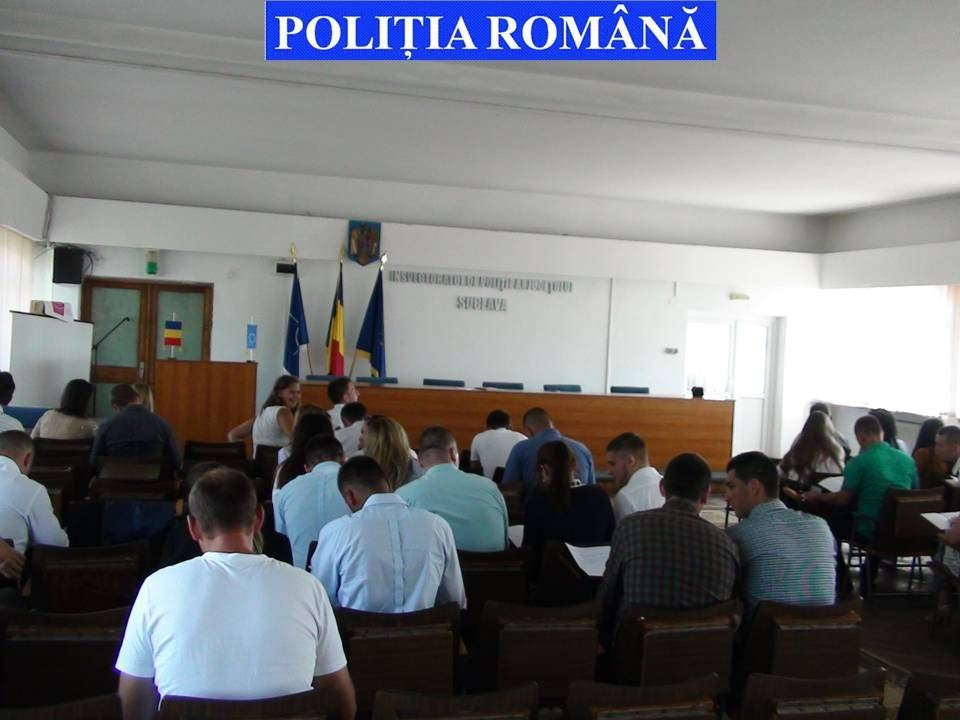 politisti (3)