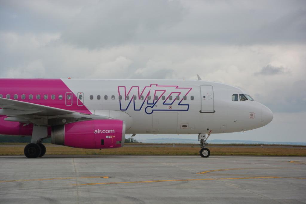 Flutur wizz avion dansatori buciume (85)