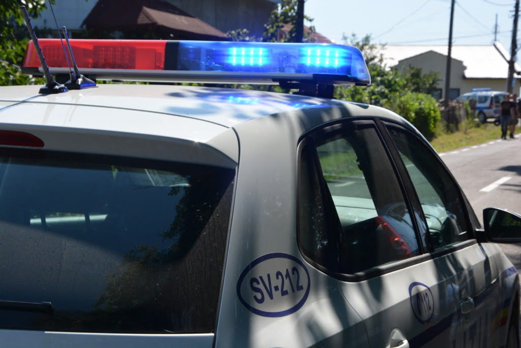 Politia masina (6)