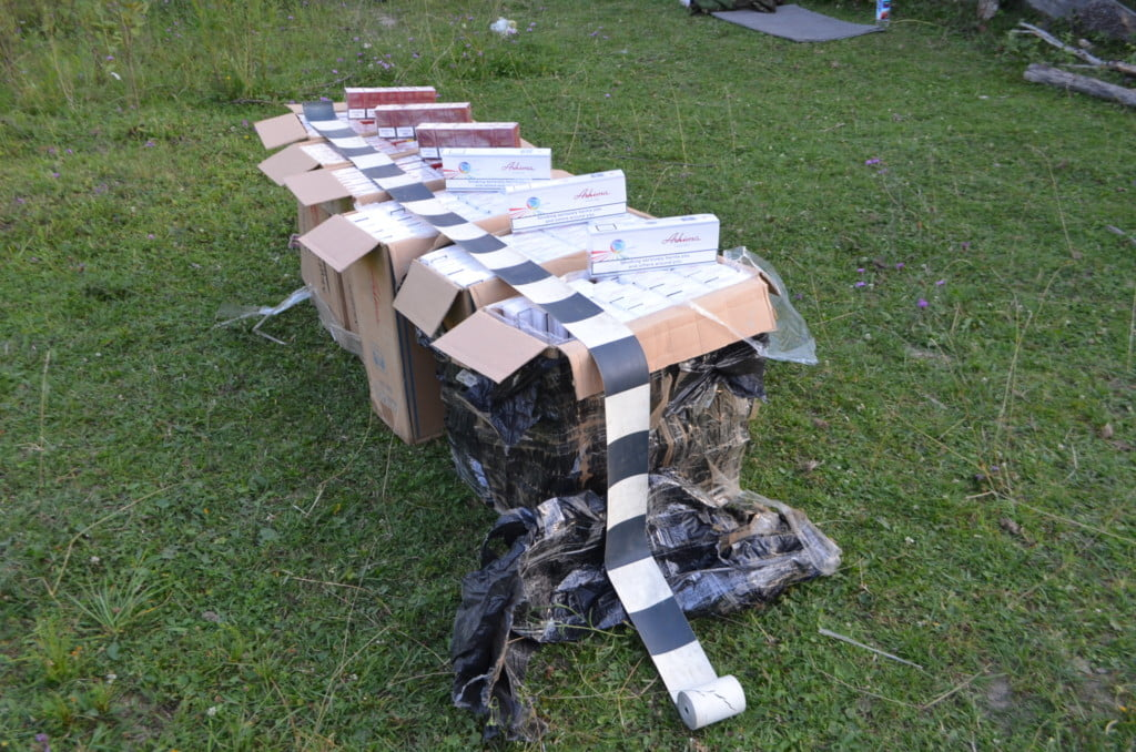 colete tigari contrabanda (4)