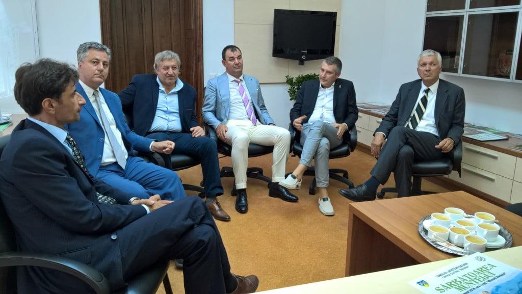 flutur si delegatia italiana (2)