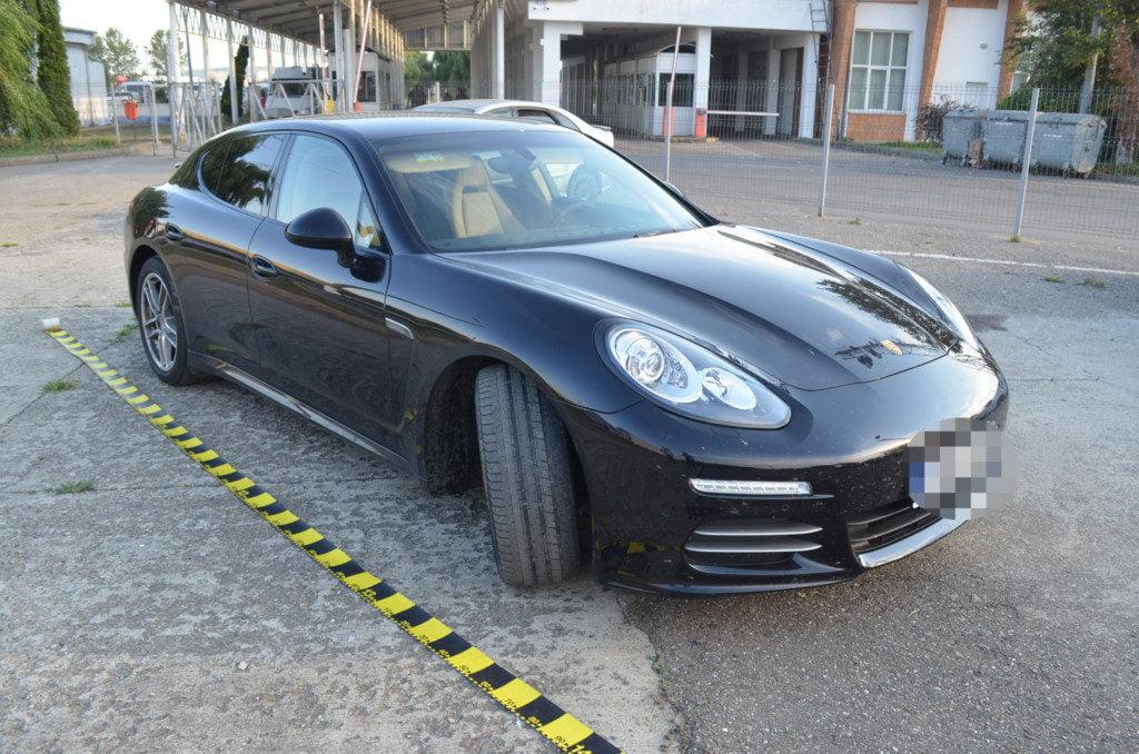 Porsche Vama  (4)