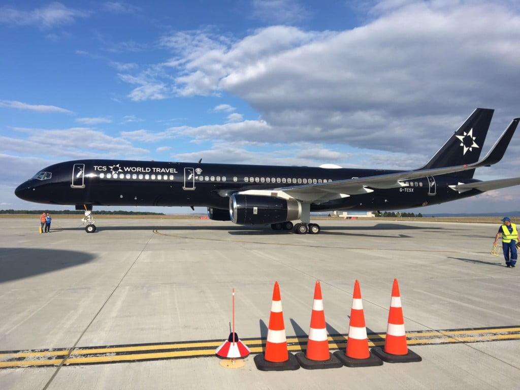 avion de luxe avion de luxe photo of las vegas grand. Black Bedroom Furniture Sets. Home Design Ideas